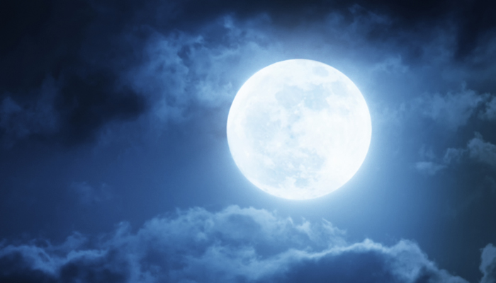 426411-full-moon